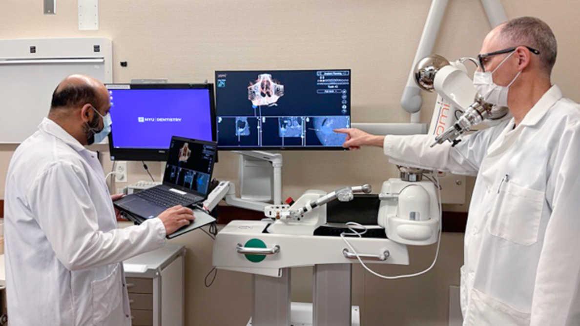 歯科インプラントにおけるロボット支援「Yomi」は歯学部の学生に教育の機会を提供する